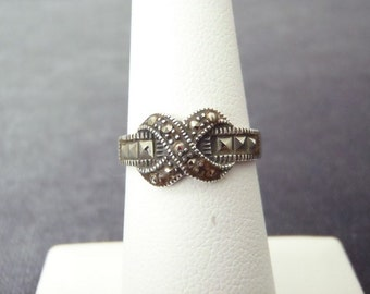 Sterling Silver X Marcasite Ring Sz.5 3/4 R111