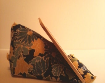 Ipad Tablet Kindle book stand wedge lap holder cookbook stand blue yellow flowers
