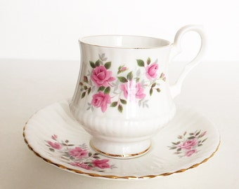 Vintage Tea Cup / Antique - with Pink Roses / Floral Tea Cup / Gold Trim ~ Made in England~ Cup & Saucer~ Fine Bone China ~ ROYAL WINDSOR