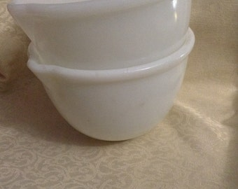 2 Vintage, Retro Glasbake Mixing Bowl Sunbeam mixing bowl wih spout. Set of 2.  Milk glass.