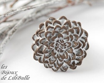 "flower ring in ceramic, handmade and adjustable, collection ""winter"""
