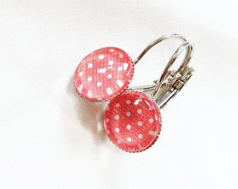Earrings cabochon 12 mm, white coral bottom, retro dots, made in Québec, gifts for her, jewelry woman