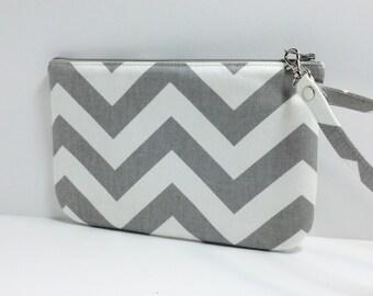 Square zipper Wristlet / pouch /  Bridesmade gift- Gray and white Chevron