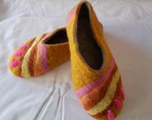 slippers felted woman slippers, handmade slippers, wool slippers, woman gift