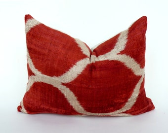 red velvet ikat pillow // red velvet pillow // red boho velvet cushion