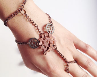 Industrial Charm Hand Harness