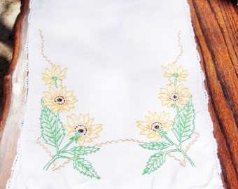 Sunflower Cotton kitchen towel embroidered and crochet