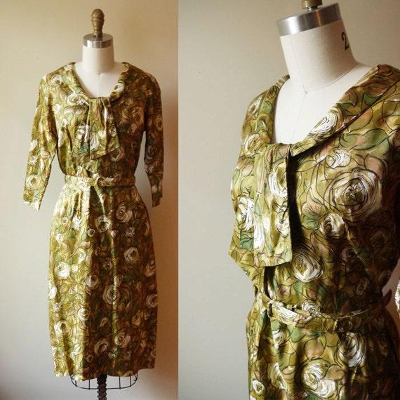 1960s Green Autumn Floral Dress // Fashion Flair // vintage dress