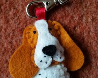 Basset hound keyring