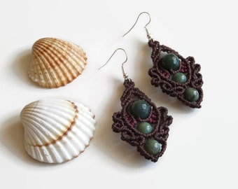 Dark brown macrame earrings with semiprecious gemstones, dangling earrings with Indian Agate, brown statement earrings from waxed threads