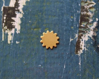 11mm Brass Sun Stamping Blank - Metal Stamping Blank - 24 Gauge - 11mm - Pack of 5 - Jewelry Stamping Blank - SGMSB-2007