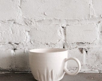 Cityscape coffee mug in gloss white