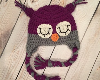 Sleepy owl crochet hat for girls in purple and gray