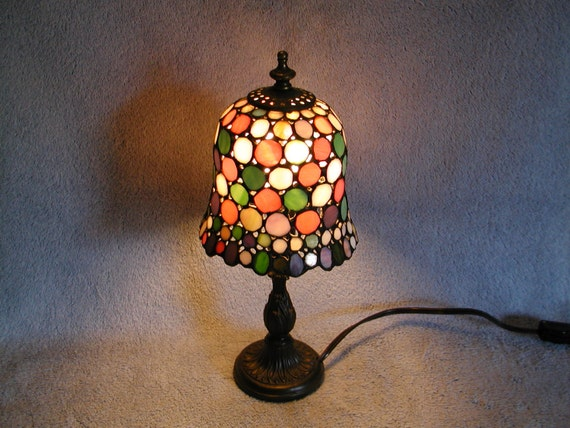 stained glass lamp. Black Bedroom Furniture Sets. Home Design Ideas