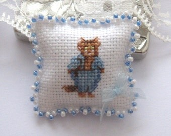 dollhouse beatrix potter tom kitten cross stitched pillow/cushion for dollhouse 12th scale miniature