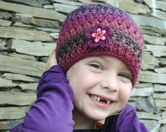 Petals and Posts Beanie PDF Pattern