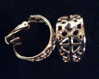 Gold tone clip on earrings 3/4 in