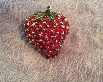 Strawberry brooch 1-1/2 in