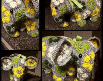 CUSTOM: Crocheted flower elephant