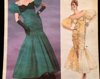 Vogue Designer Original Bellville Sassoon Off Shoulder Formal,Prom Evening Gown with Puff Sleeves, Ruched Front Size 10 Pattern 1819