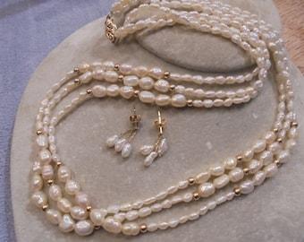 14 KT.  Three Strand Mixed sz  Pearl Beaded Necklace / Earring Set