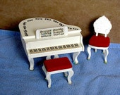 Dollhouse Piano, Bench an...