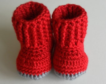 Red baby booties, crochet baby booties, red grey baby booties, red baby shoes, red crochet baby, baby shower, baby announcement, baby shower