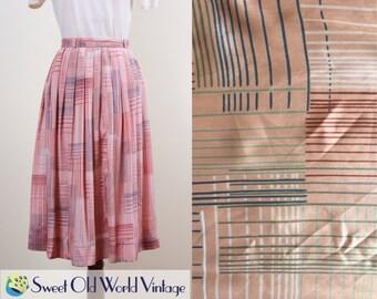 Vintage 70s 80s Pink Print Skirt || Geometric Pattern || Soft Pleats || Floaty || Below Knee || 1970s 1980s || Spring  || Small Size 8