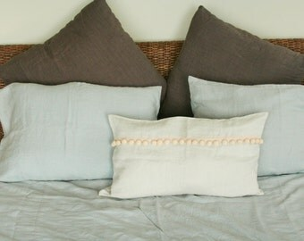 Decorative Linen Pillow/ Throw Pillow/ Accent Pillow/ Cushion/ pom Pom Pillow/ Lumbar Pillow