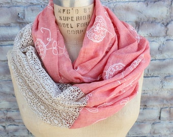 Fashion infinity  scarf  with   embroider flowers and lace