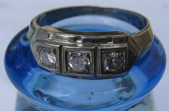 Stunning Art Deco Inspired 14K Solid White Gold Anniversary Ring, 3 Diamonds, Appraised, Size 10