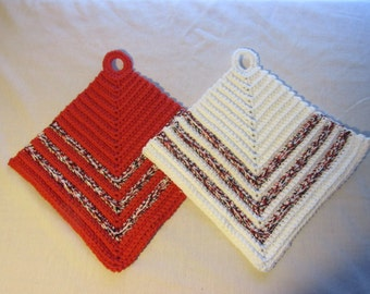 Crochet Pot Holder with Stripes