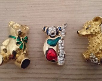 lot of three vintage Bear brooches/pins