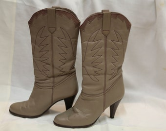 70s 80s western boots taupe size 9B