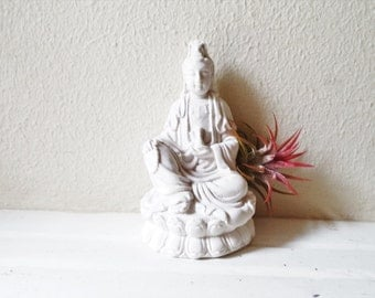 Guan Yin, Buddha planter, airplant holder, Goddess of compassion, Bodhisattva Avalokitesvara statue