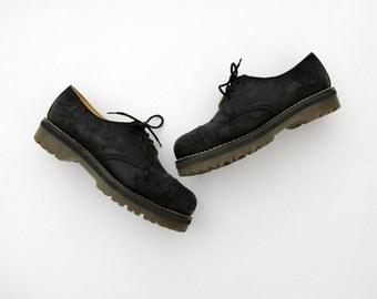 Vintage Doc Martens Shoes // 90's Men's Black Suede Shoes