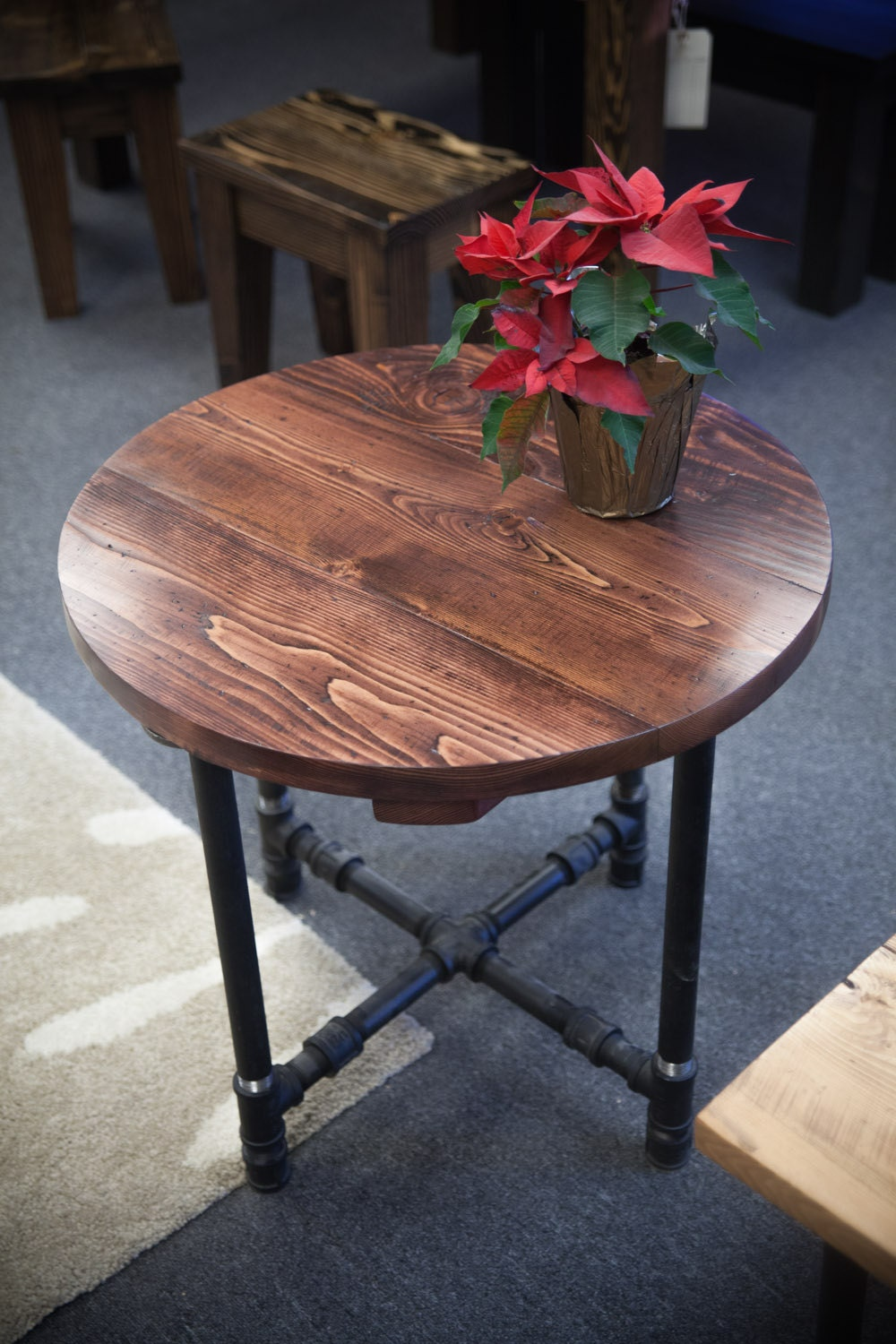 Round Industrial End Table End Table With Black Metal Pipe