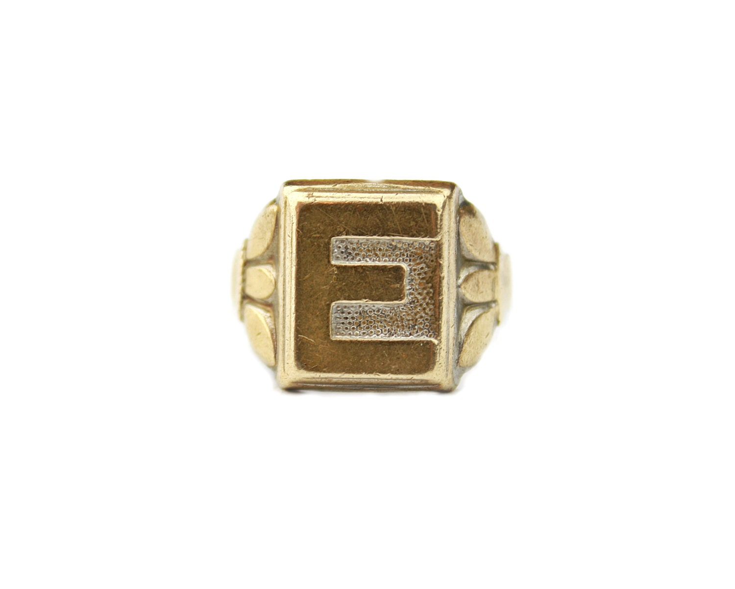 Art deco letter e ring gold tone metal signet ring vintage for Letter e ring