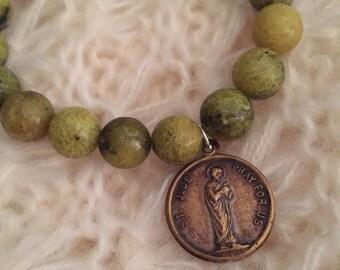 Green Jasper Beaded Bracelet with Vintage Religious Medal