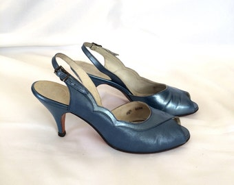 1950s Mr. Kimel Blue Leather Sling Back Peep-Toe Heels Sz. 4.5