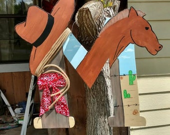Western Themed Monogram Door Hanger, Horse, Ranch, Cowboy, wreath