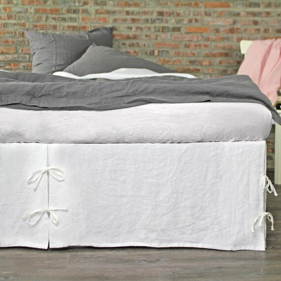 king size linen white bed skirt 76 39 39 x80 39 39 choose by thenewhome1. Black Bedroom Furniture Sets. Home Design Ideas