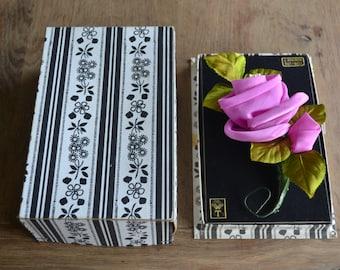 Beautiful vintage flower corsage in original box