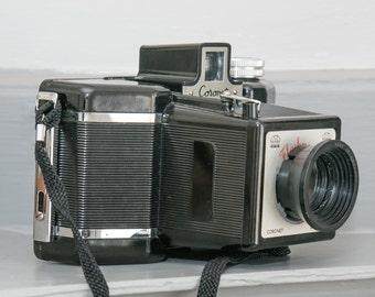 Coronet Flashmaster Classic Bakelite Film Camera from 1950s