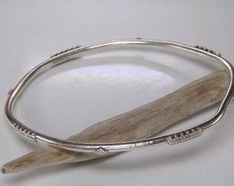 Tribal sterling silver bangle bracelet / granulation bangle bracelet / Tribal bangle bracelet / sterling silver stacking bangle bracelet