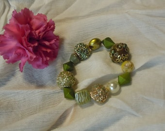 High Fashion Green and Gold Bracelet
