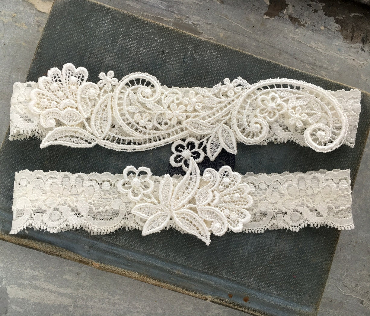 Ivory Garters Wedding: Ivory Lace Wedding Garter Set Lace Bridal Garter Vintage