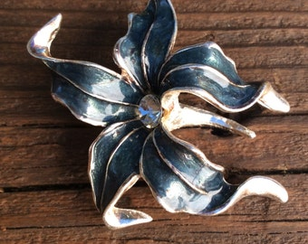 Vintage Rhinestone Lily Brooch Teal Blue Enamel and Silver