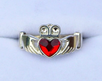 Claddagh Ring With Crystals