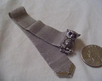 "Signed "" Sarah Cov "" Vintage Jewelry Bracelet 7 1/2""  Silvertone Mesh OWL With Purple Rhinestone/ Cz Eyes   F35"